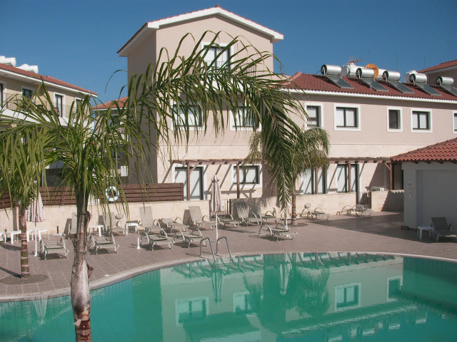 Kyklades 3 bedroom 2 bathroom apartment for sale near Protaras
