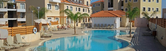 Kyklades Apartments Pool